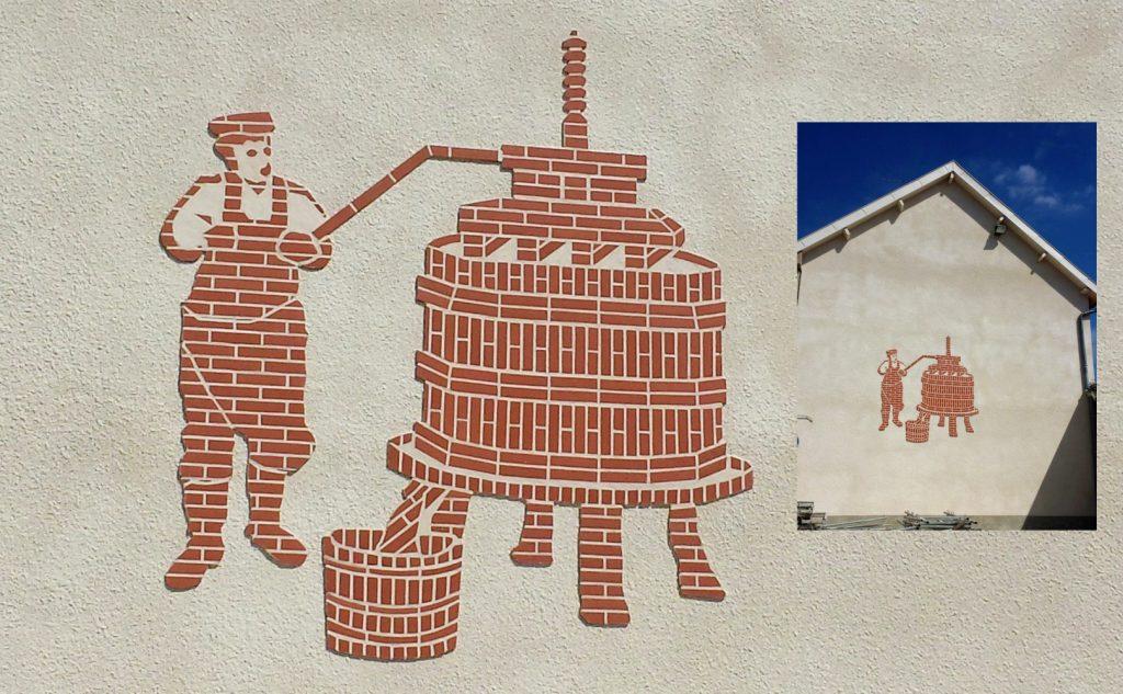 Réalisation d'un pressoir en briquette de grande taille (Rilly-La-Montagne)